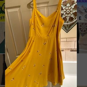 NWOT Yellow dress